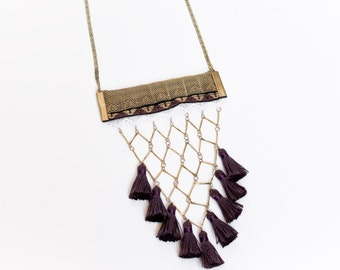 Lace and tassel necklace - BOHEMIA - Purple tassel, navajo woven ribbon, white triangle lace and vintage brass