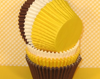 Brown, Yellow and White Cupcake Liners   (36)