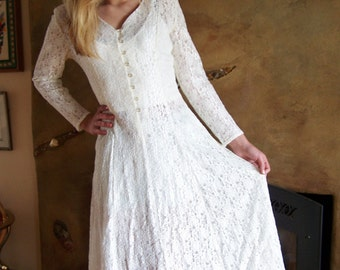 Lace Dress, 80s Ivory Lace dress,  Long sleeve Lace dress,  size  S