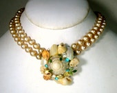 Pearl Choker Necklace with Seashell Focal Front, Green Rhinestones Too, 1960s, Adjustable  Feminine Glam Classic Trashion