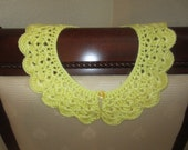 Beautiful Light Yellow Crochet Detachable Lace Collar Accessory Lace Jewelry Peter Pan With Light Yellow Pearly Button