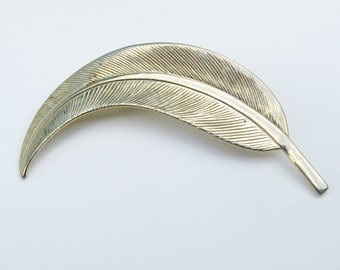 Curved Feather Golden Brooch