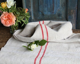 Nr. 750: .antique handloomed HAPPY RED  rural grain sack for pillows cushions runners 44.09 inches long