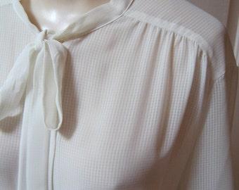 Vintage ivory beige tie neck blouse, Dalton short sleeve blouse, summer weight slightly sheer beige blouse, size 18 beige blouse, Hong Kong