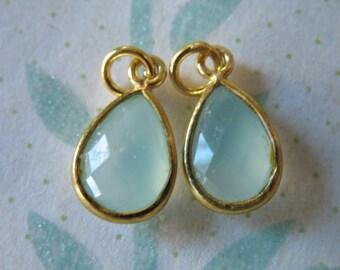1 pc, Bezel Pendant Gemstone Charm, Bezel Set, CHALCEDONY, 24k Gold Vermeil, 14x8.25 mm, gcp4 gc ll