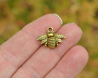 BULK 50 Gold Tone Bee Charms GC2737