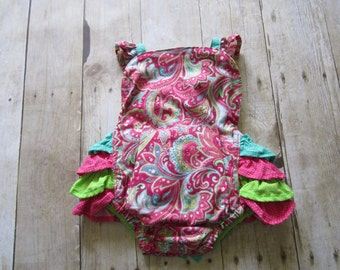 Baby girl's sunsuit and sunhat size 3 to 6 month