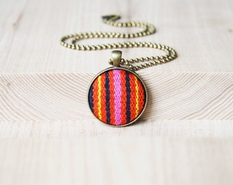 Pendant Necklace Striped Necklace Fabric Covered Button Chain and Pendant Necklace Gifts for Best Friends