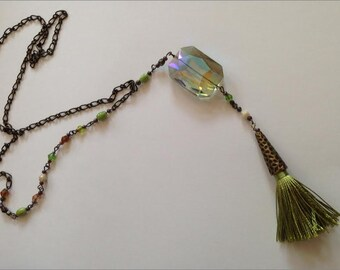 Green Tassel Necklace, Peridot Tassel Necklace, Iridescent Tassel Necklace, Long Boho Necklace, Long Bohemian Necklace