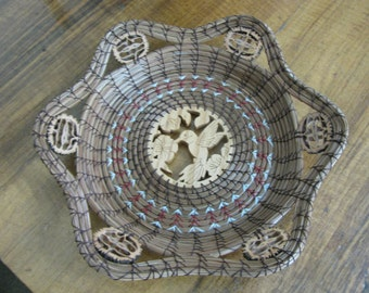 Scroll Sawn Hummingbird Pine Needle Basket with Maroon Accent Band