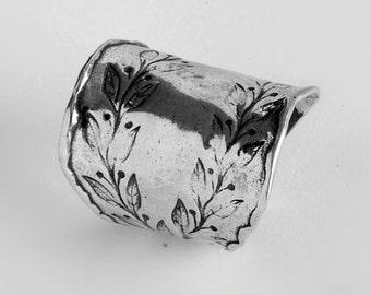 Sterling Silver Finger Ring Stylized Double Leafs Motif Texture silver woman ring