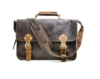 Mens leather briefcase - Classic traditional men's work briefcase - Overnight Satchel Manbag - Distressed Rugged Laptop Briefcase