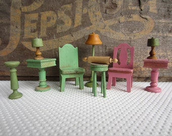 Vintage 1930s Strombecker Lamps Night Stand Wood Floor Lamp Dollhouse Furniture Pink Green
