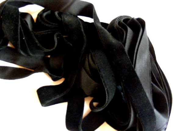 Antique 1950's Polish Velvet Ribbon 15/16 Inch Gorgeous Jet Black