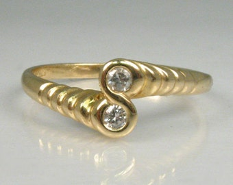 Sweet Vintage Two Stone Diamond Ring