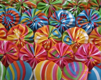 "40 FUNKY 2"" Yo Yo Fabric Quilt Applique Pieces Scrapbook Handmade Bright Trim Suffolk Puff"