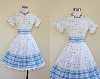 50s Dress - Vintage 1950s Dress - Blue White Embroidered Girly Cotton Full Skirt Dress S M - Dainty Manners