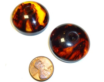 Super Thick Domed Swirled Bakelite Vintage Buttons. Two Buttons. 1940s.