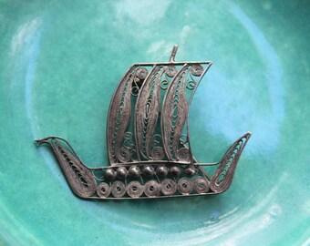 Sterling Silver Filigree Viking Ship Scandinavian Brooch VINTAGE by Plantdreaming