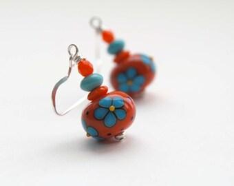 Red Daisy Earrings, Flower Earrings, Lampwork Glass Earrings, Beaded Earrings, Turquoise Blue Flower Earrings