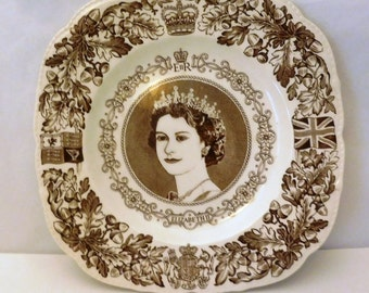 Coronation Commemorative Plate - Elizabeth II Coronation - 1953