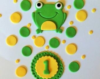 Fondant Frog Cake topper and Cake set.