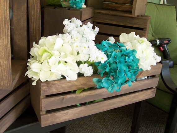 Wedding centerpiece wood crates in rustic