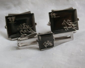 Horse and Rider Swank Cuff Links and  Tie Clip, Silver Toned Tie Clasp, Tie Bar, Cufflinks