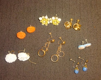 1950s lot of 7 screwback earrings hoops flowers dangles and beads