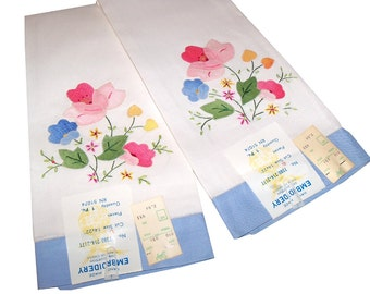 2 Vintage Embroidery Cotton Tea Towels Unused With Tags Still Attached
