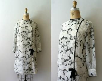 Vintage 1960s Dress - 60s MOD Cotton Floral Scooter Dress - Amour des Fleurs
