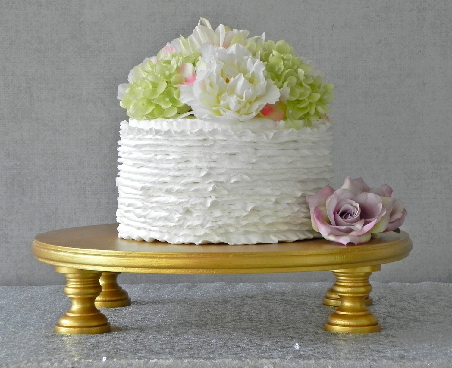 how to make a gold cake stand