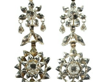 Fine antique Victorian dangle earrings in 18K rose gold and silver with rose cut diamonds