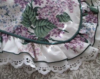 one vintage Waverly floral sham - white, cotton, lavender, floral