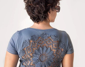 Steel Grey t-shirt  with upcycled vintage crochet doily back - size L