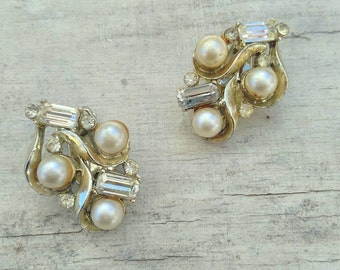 Vintage Rhinestone Faux Pearl Clip Earrings
