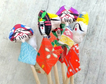 Curious chinese vintage piece carnival celebration party straw wicker handmade miniature clowns