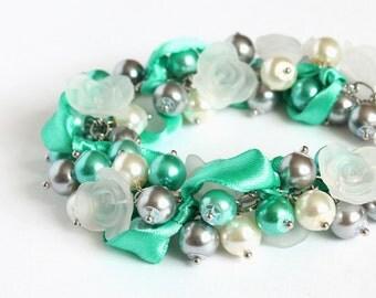 Turquoise Gray White Cluster Bracelet and Earrings Set