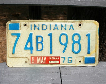 Vintage 1976 Indiana Automobile License Plate