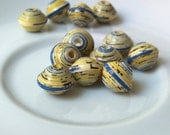 12 paper beads - yellow, blue -