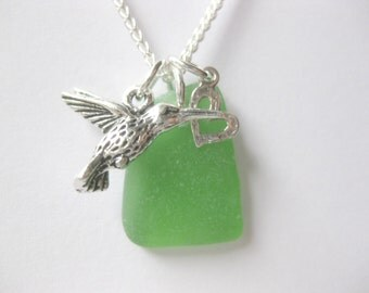 Bird pendant Bird necklace sea glass necklace seaglass jewelry