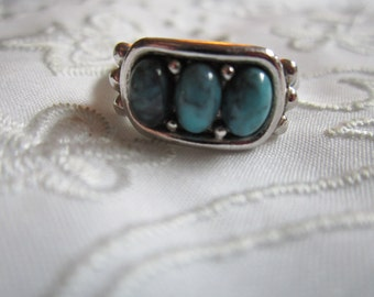 Vintage Avon Faux Turquoise Ring