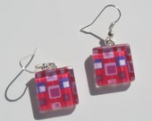 Fun Pink Earrings, Glass Dangle Earrings, Bright Pink Earrings, Summer Earrings, Retro Mid Century Modern Print Earrings