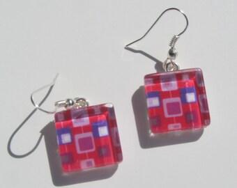 Fun Pink Earrings, Glass Dangle Earrings, Bright Pink Earrings, Summer Earrings, Retro Mid Century Modern Print Earrings