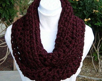 COWL SCARF Infinity Loop, Dark Burgundy Wine Red w/ Black, Thick Wool Blend Crochet Knit Winter Circle, Neck Warmer..Ready to Ship in 2 Days
