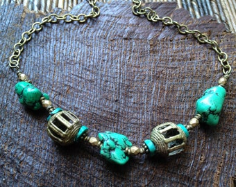 Bohemian Tribe Necklace Green Turquoise Howlite Stone Necklace Brass Statement Necklace Beaded Necklace