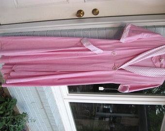40s 50s Cotton Robe / Dressing Gown/Robe / Old Hollywood / Starlet Style / Pink Cotton With Striped Trim / Vintage Poolside Fashion