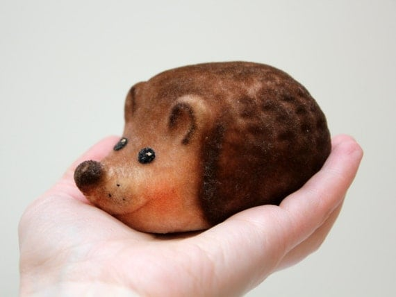 Very cute Russian flocking toy LITTLE HEDGEHOG from Soviet Union 70s