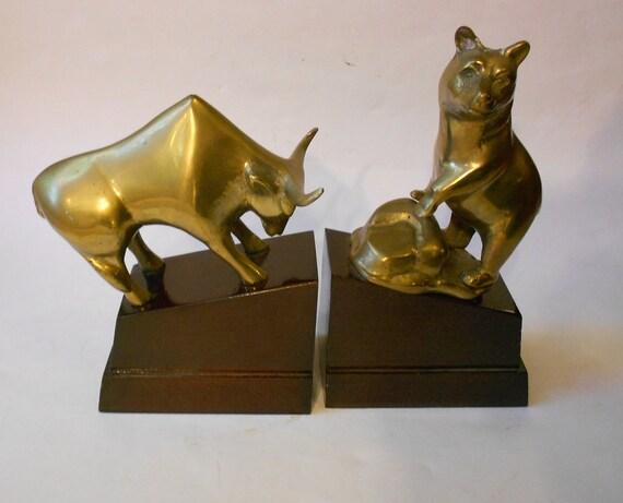 Vintage Circa 1970s Bull Bear Brass And Mahogany Wallstreet
