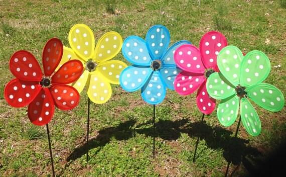 garden pinwheels